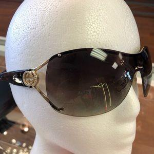 Gucci Authentic Sunglasses 🕶